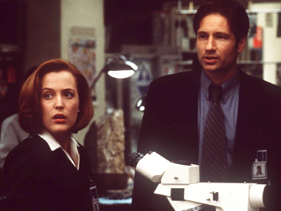 Gillian Anderson and David Duchovny in