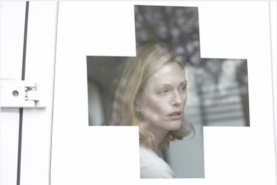 """Julianne Moore in """"Blindness"""""""