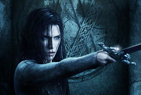 http://www.filmofilia.com/wp-content/uploads/2008/12/underworld_poster_m.jpg