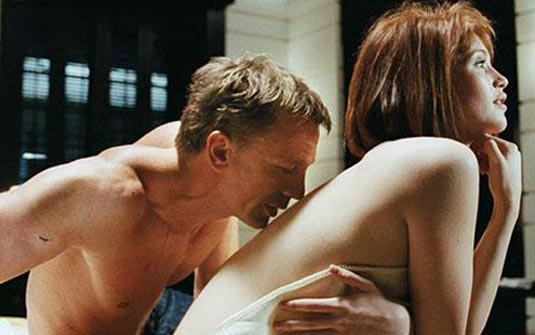 Daniel Craig And Gemma Arterton In Quantum Of Solace