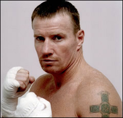 christian bale and mark wahlberg in micky ward biopic the