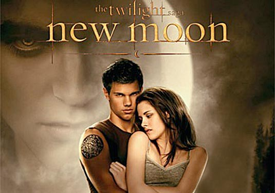 """New Moon"" Book Cover: Taylor Lautner and Kristen Stewart"