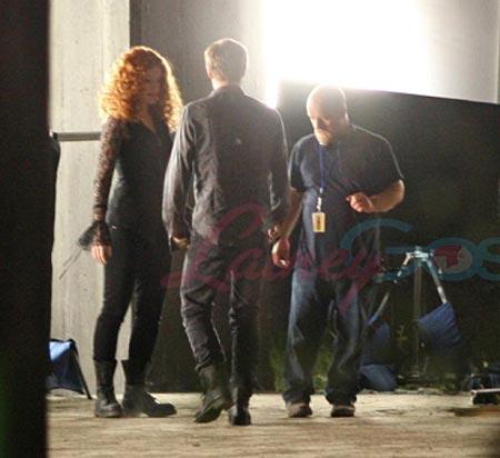 Victoria Bryce Dallas Howard and Xavier Samuel, Eclipse set photo