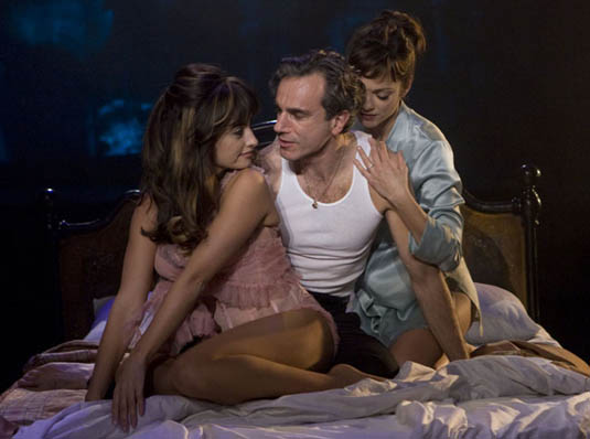 Penelope Cruz, Daniel Day Lewis and Marion Cotillard In Nine