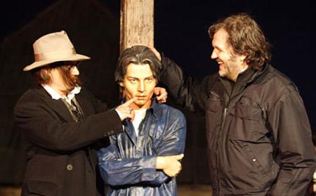 Johnny Depp, his statue and Emir Kusturica at Kustendorf