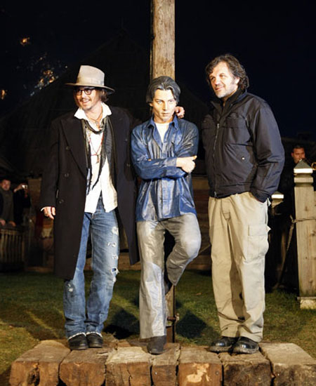 Johnny Depp, his statue and Emir Kusturica