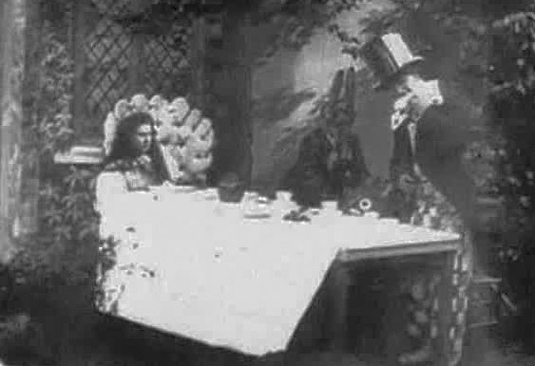 Alice In Wonderland - The first movie adaptation 1903