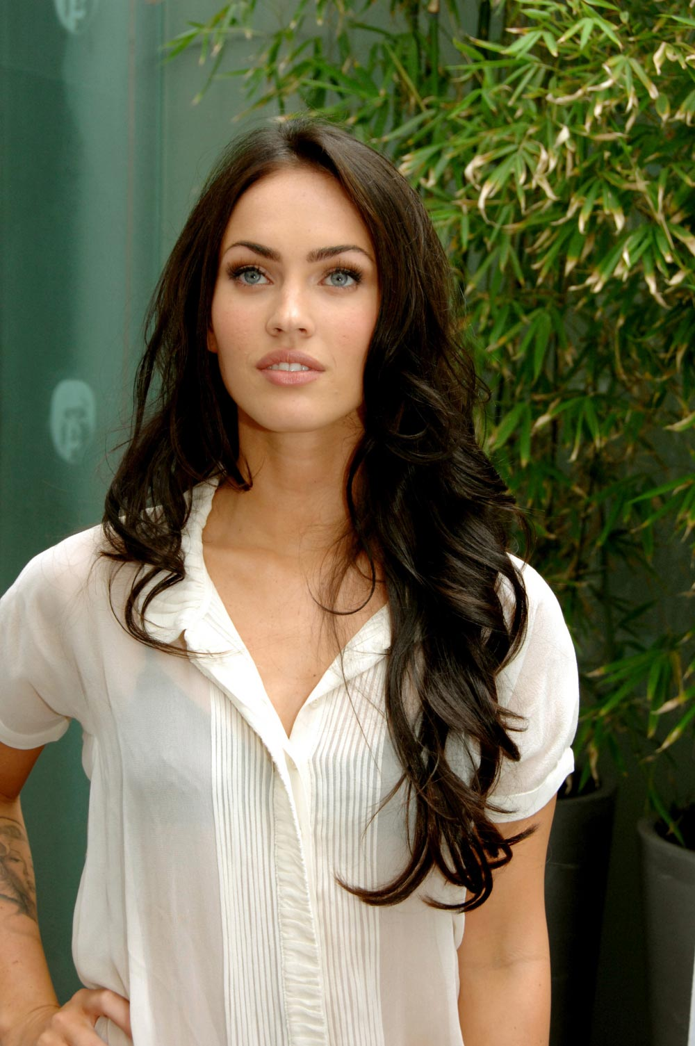 Megan Fox Wishes To Star In Lost Boys Remake Filmofilia