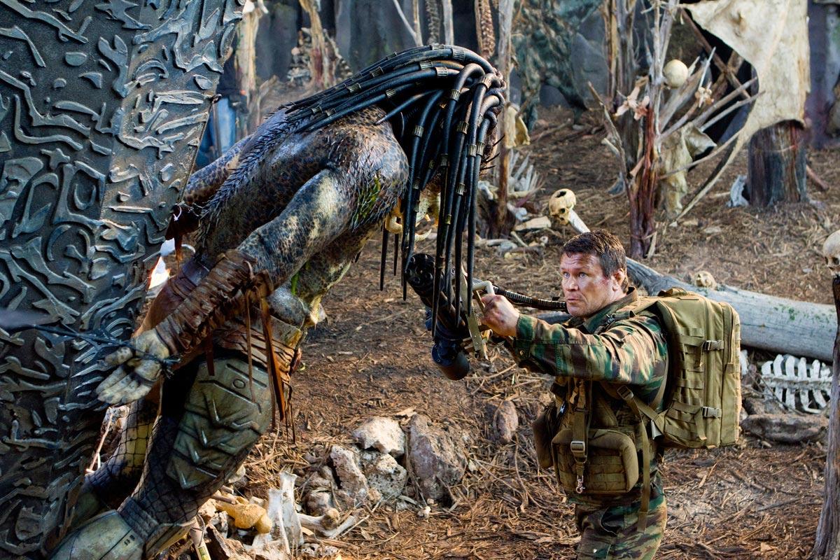 74 New Predators Photos Filmofilia