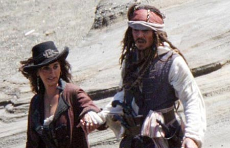 Pirates of the Caribbean 4 Set Photos: Penelope Cruz, Johnny Depp.
