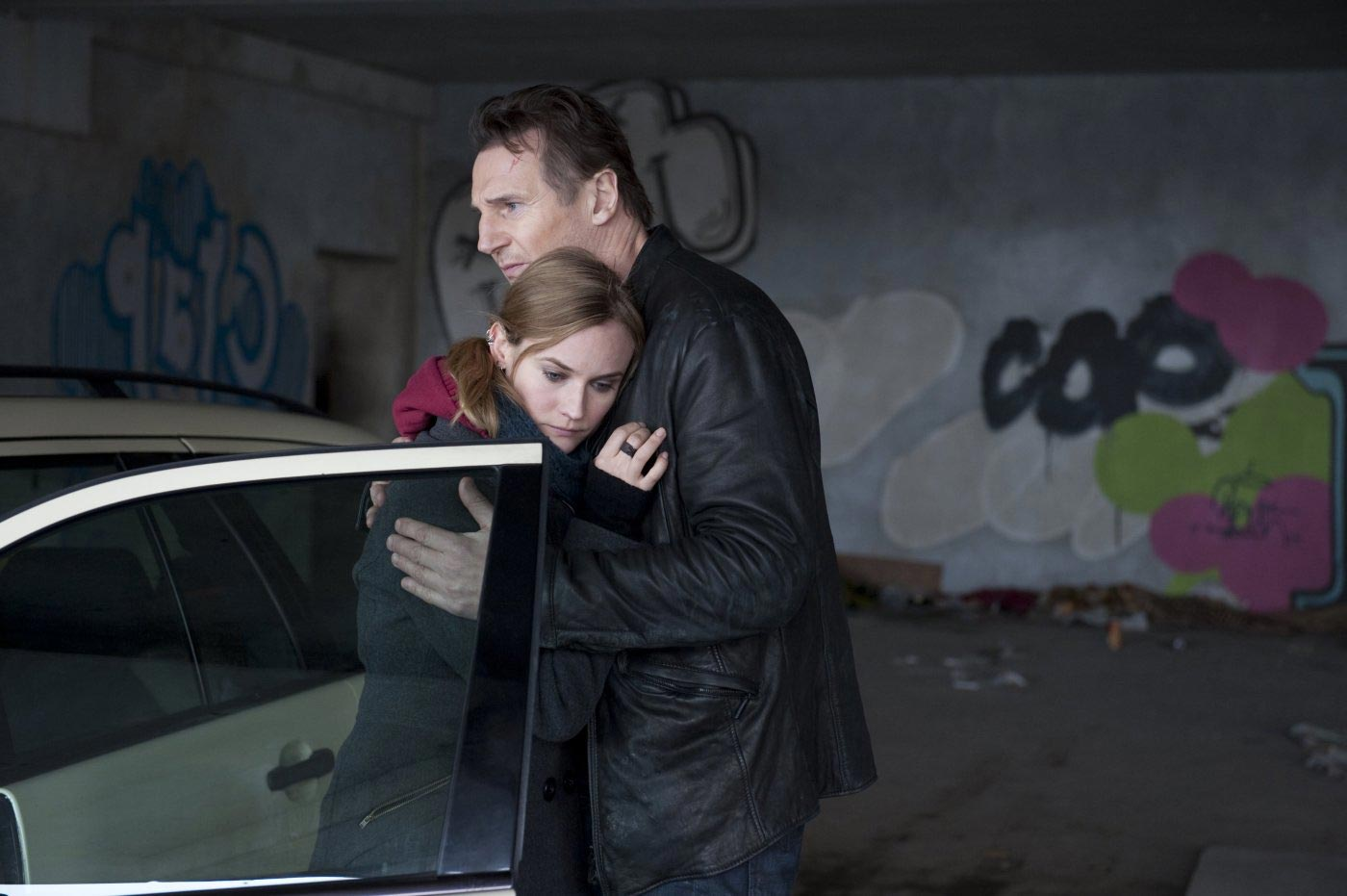 Diane Kruger as Gina and Liam Neeson as Dr. Martin Harris in  Unknown