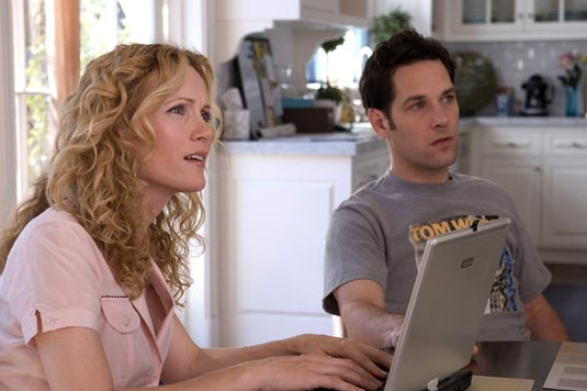 Leslie Mann and Paul Rudd in Knocked Up