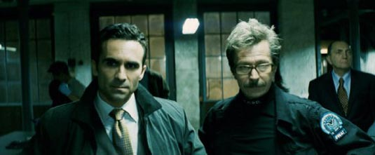 Nestor Carbonell and Gary Oldman in The Dark Knight