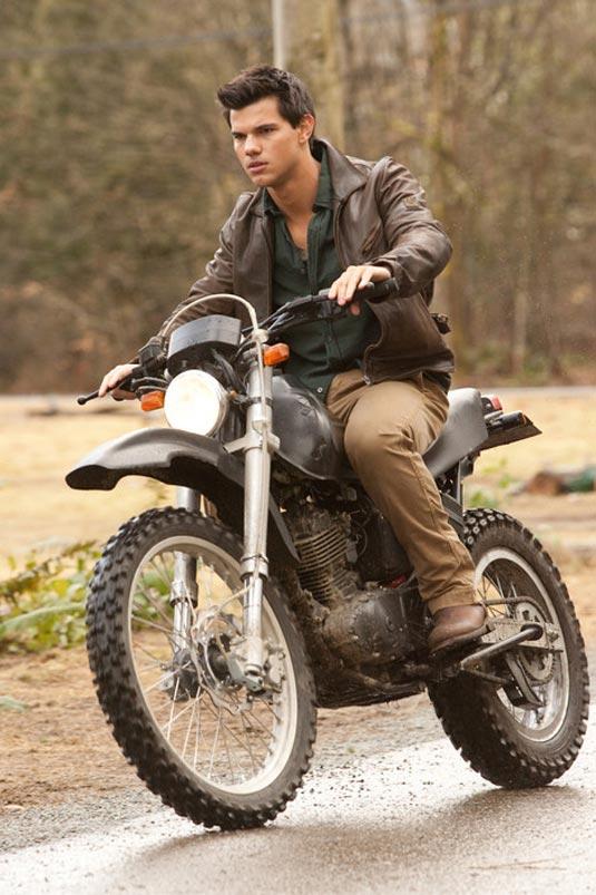 The Twilight Saga: Breaking Dawn Part 1, Taylor Lautner