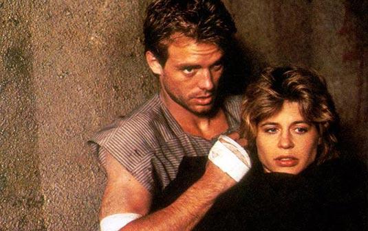 Linda Hamilton and Michael Biehn in Terminator