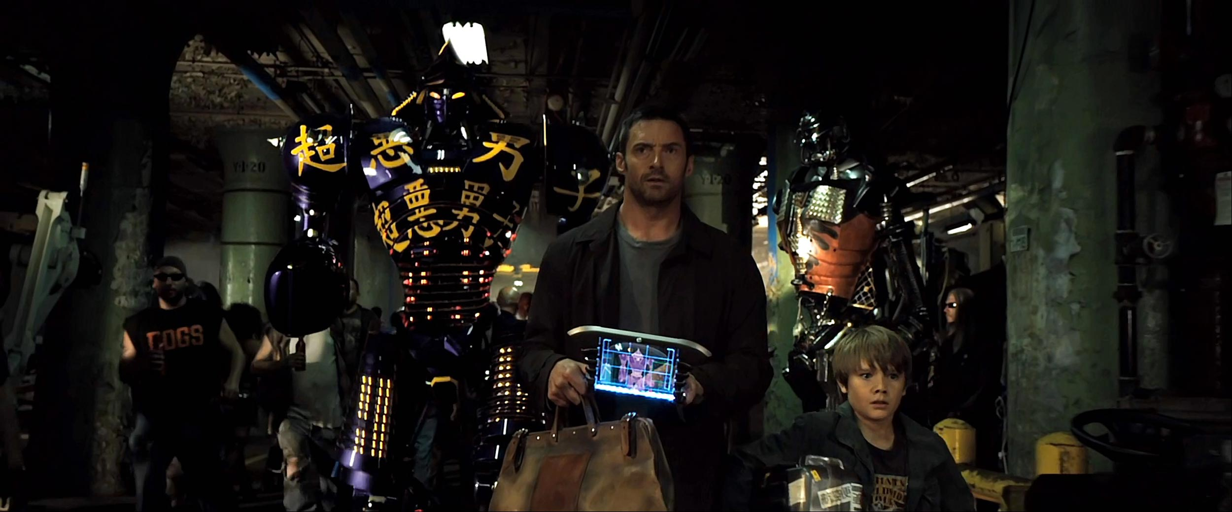 Dakota Goyo and Hugh Jackman in Real Steel