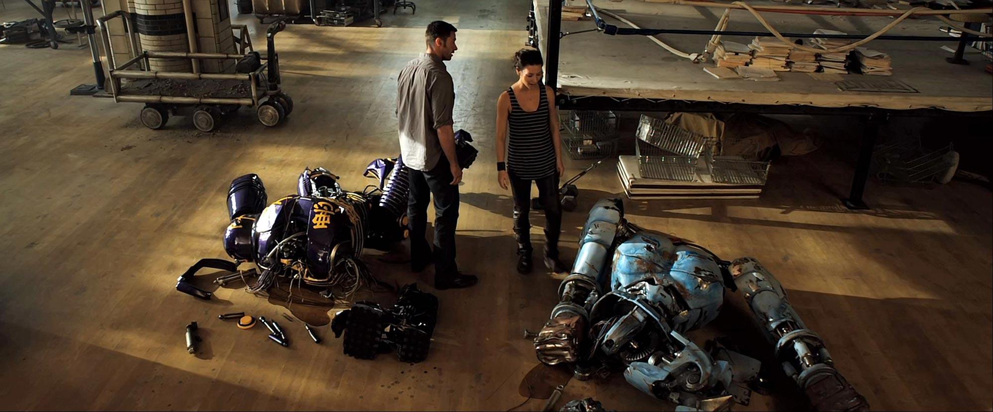 Evangeline Lilly and Hugh Jackman
