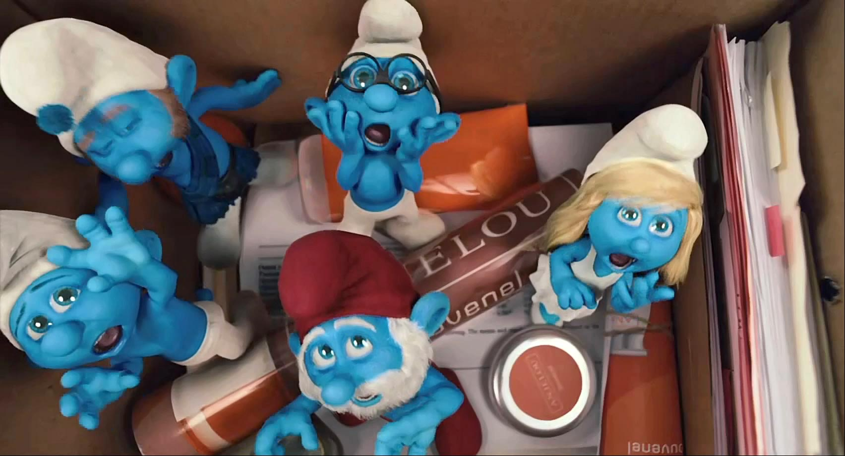 The Smurfs Trailer #2 - FilmoFilia