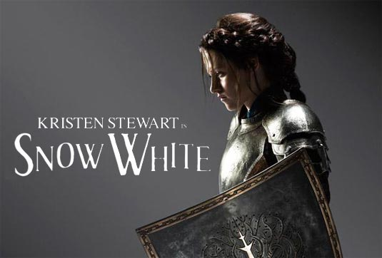 Kristen Stewart as Snow White, Snow White and the Hunstman
