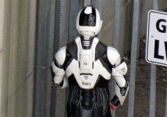 Total Recall (2011) Future Cop