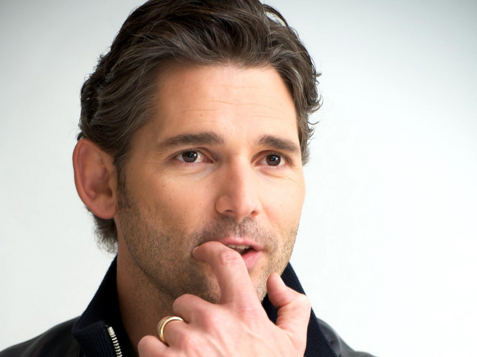 Eric Bana - Gallery Colection
