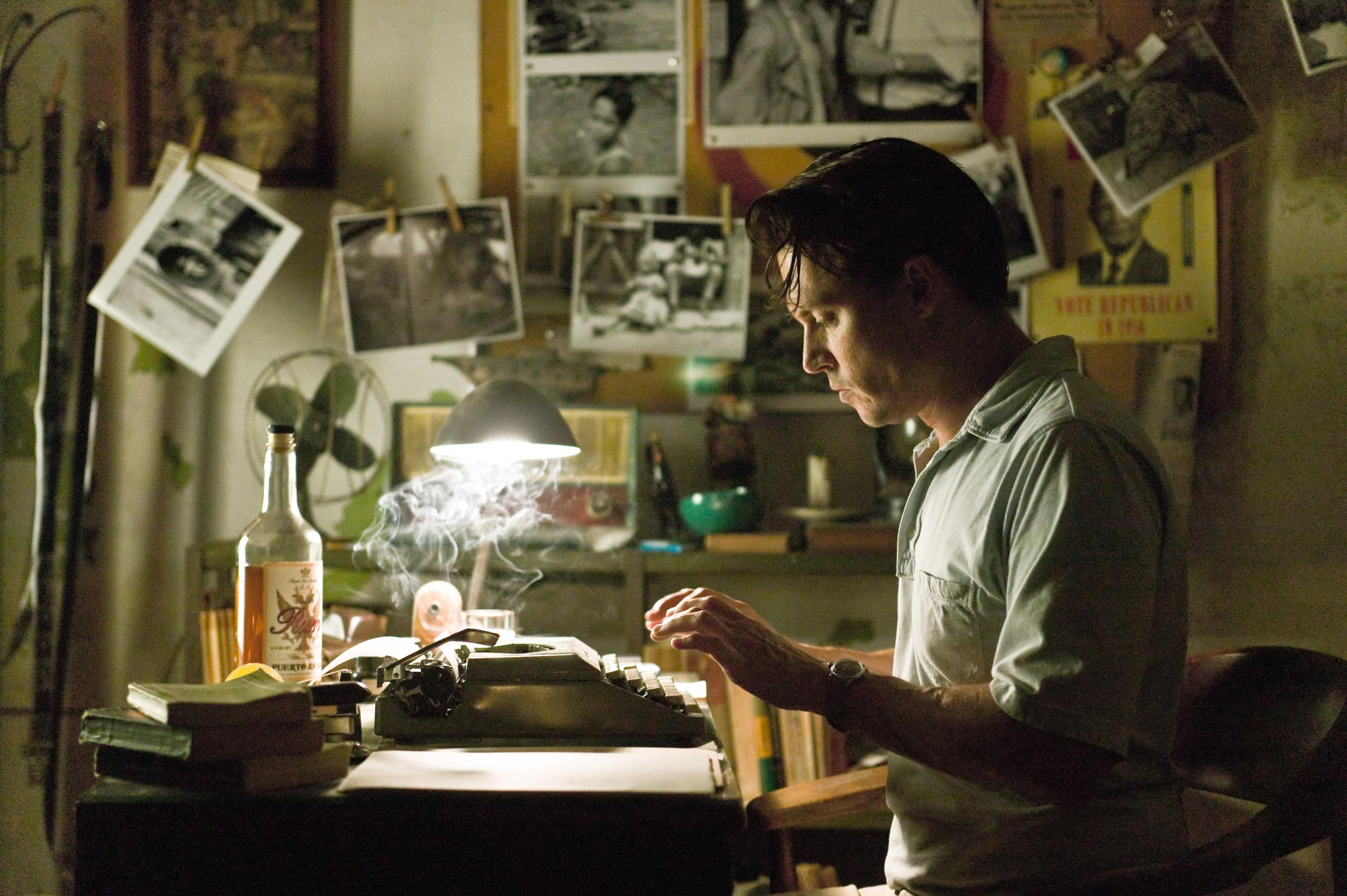Johnny Depp as Paul Kemp in THE-RUM-DIARY