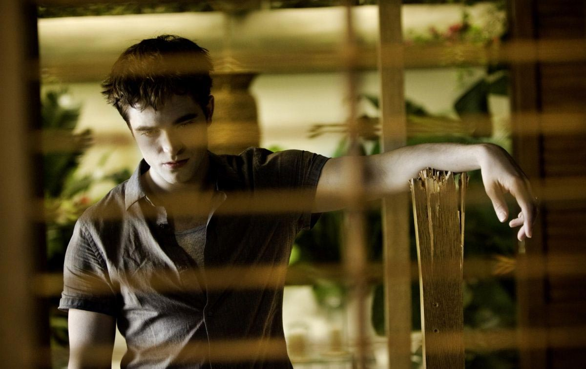 9 New BREAKING DAWN – PART 1 Photos - FilmoFilia