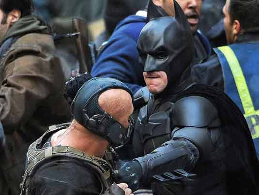 The Dark Knight Rises-Batman Bane Fight