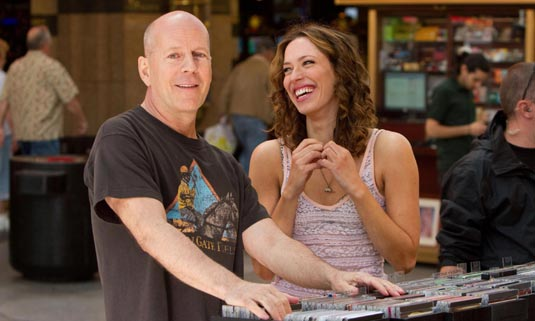 Bruce Willis and Rebecca Hall in Lay the Favorite