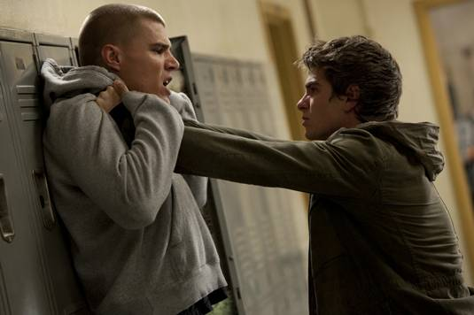 Chris Zylka and Andrew Garfield in The Amazing Spider-Man