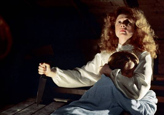 Piper Laurie - Carrie