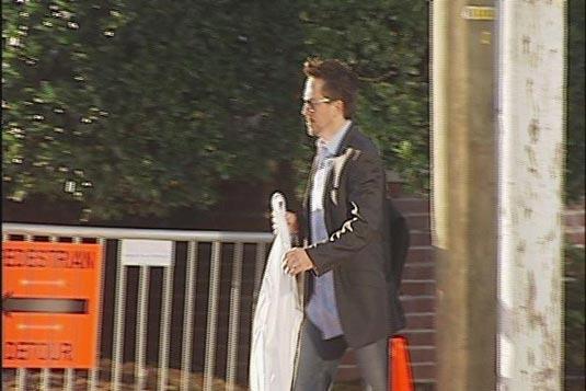 Rober Downey Jr. Arriving