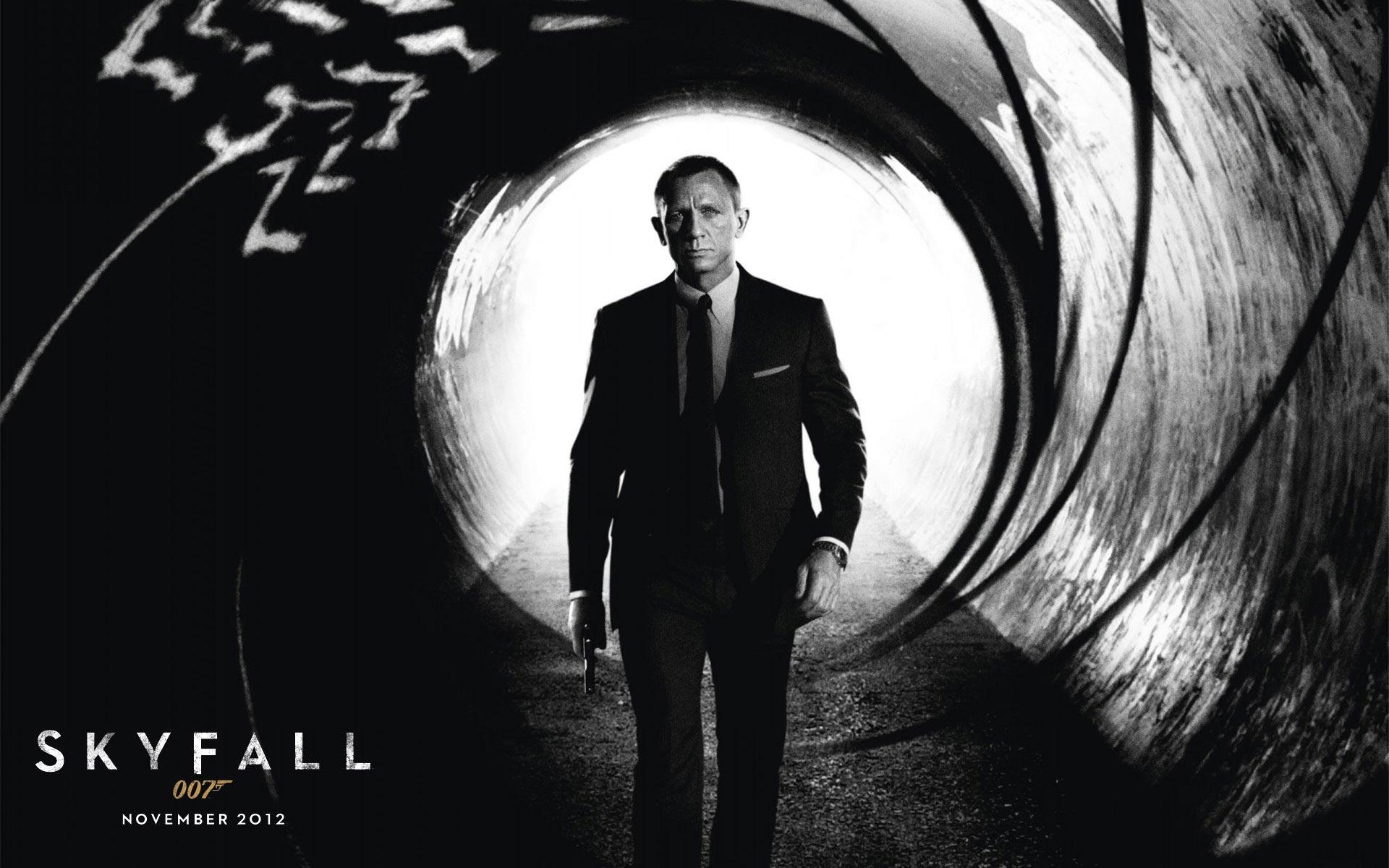 Berenice Marlohe Skyfall the rd James Bond movie photocall