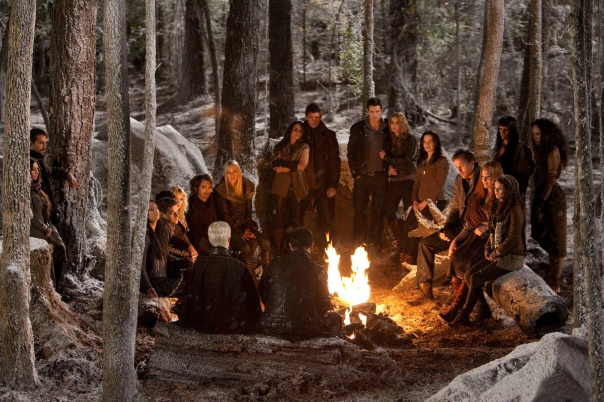 13 New THE TWILIGHT SAGA: BREAKING DAWN – PART 2 Photos