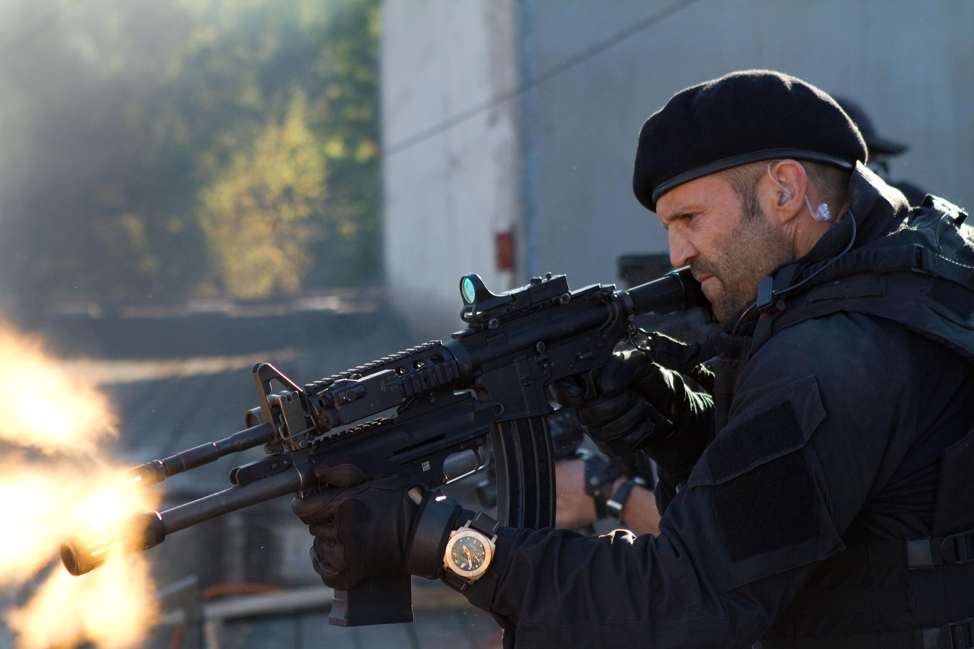 17 hi-res photos from the expendables 2