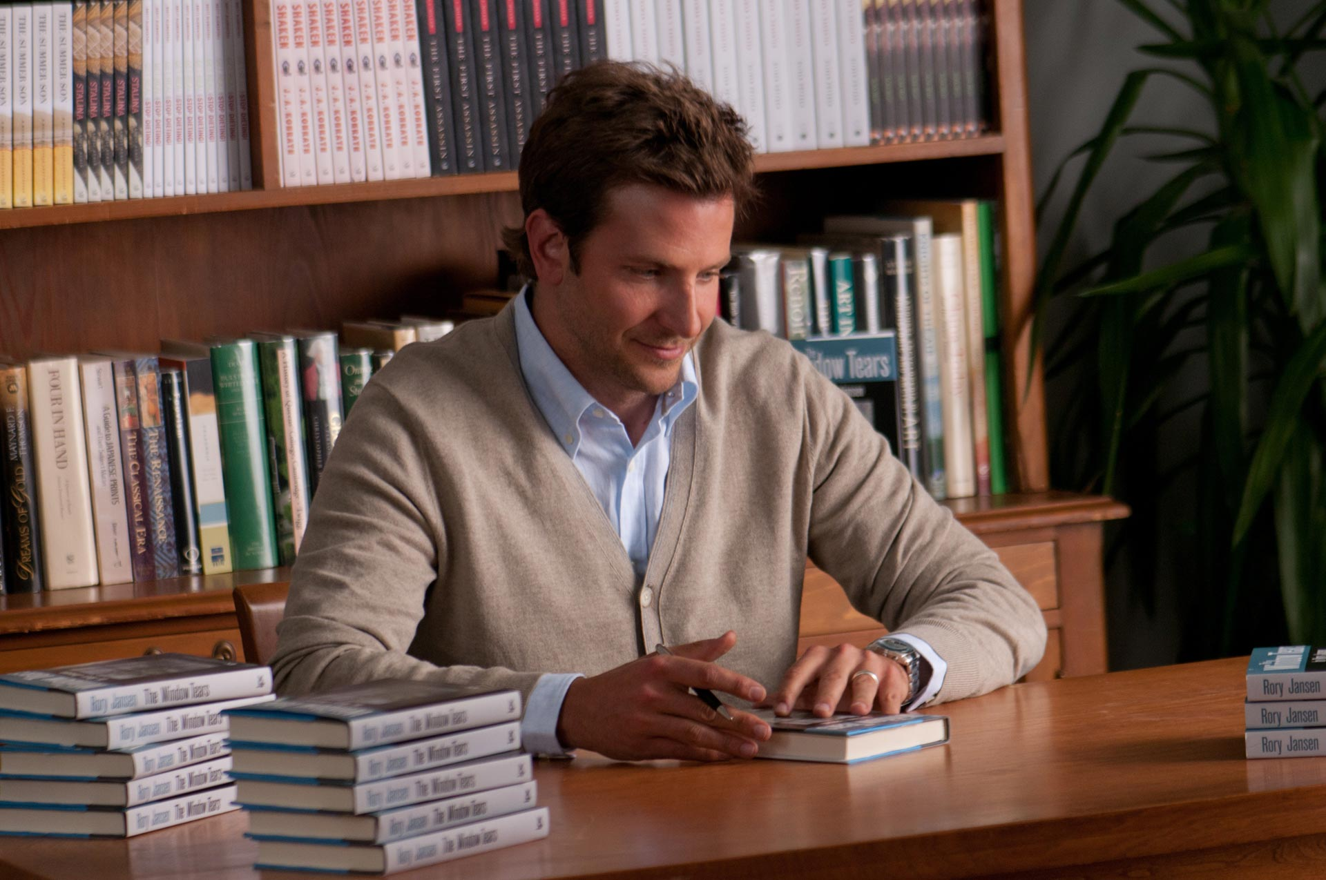 THE WORDS Movie Photos (+27) The Words Bradley Cooper