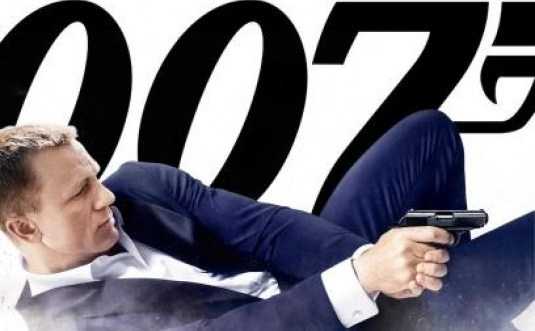 http://www.filmofilia.com/wp-content/uploads/2012/10/Skyfall-movie.jpg