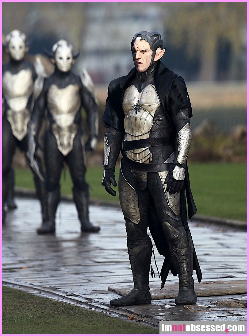 Thor 2: The Dark World Dark Elves 4