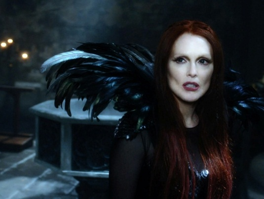 Seventh Son - Julianne Moore