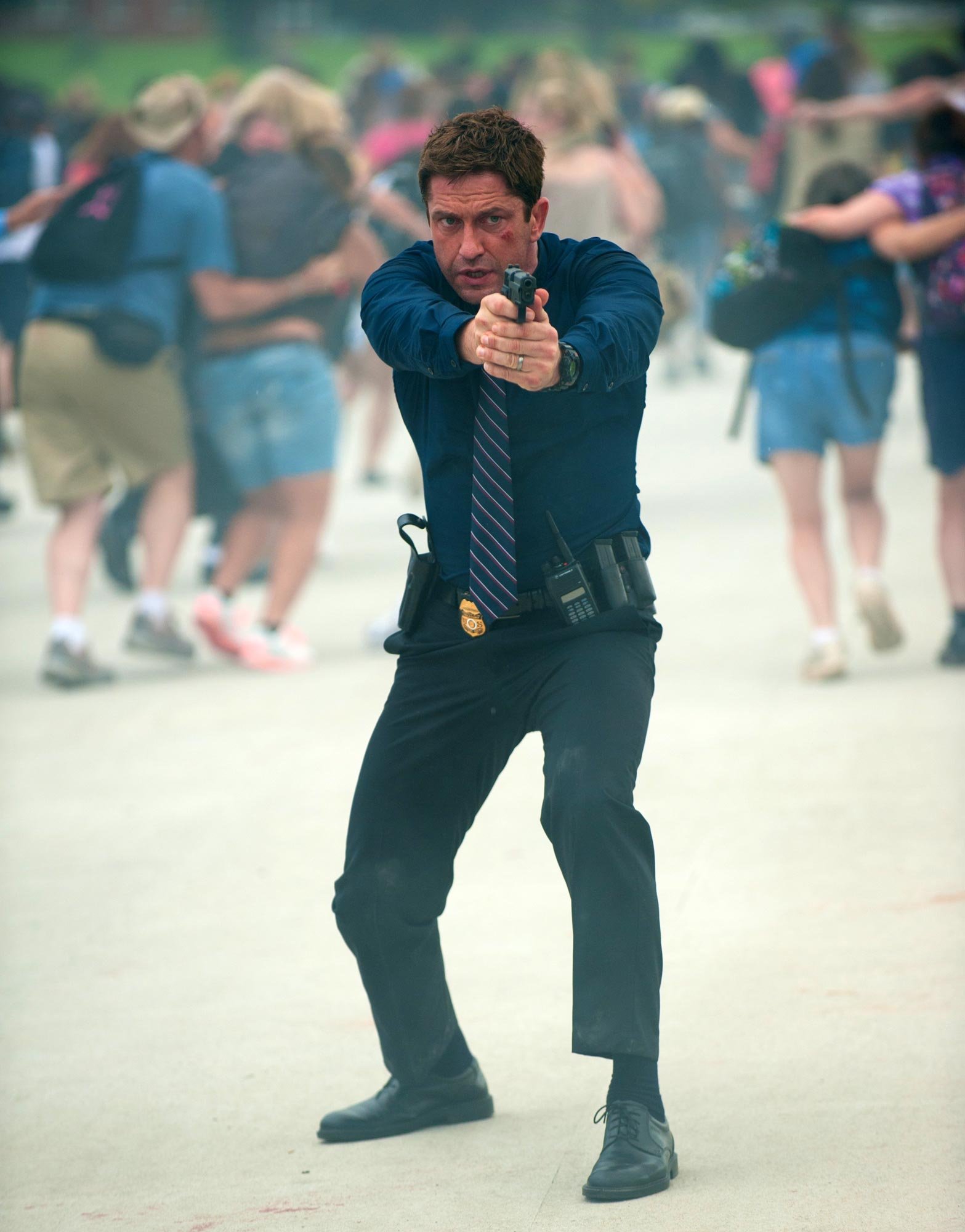OLYMPUS HAS FALLEN Photos (16) and Posters (2)