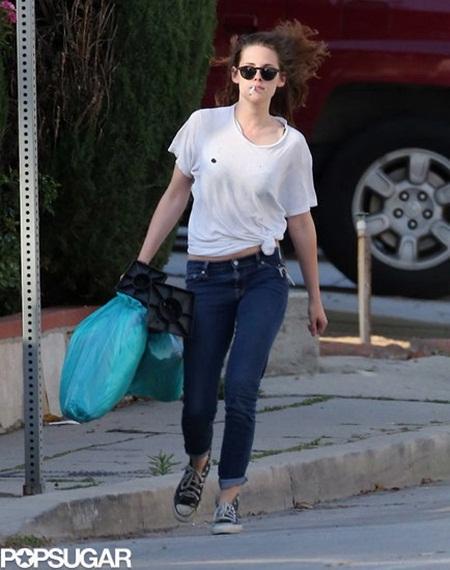 Kristen Stewart-Smoking Cigarette-LA