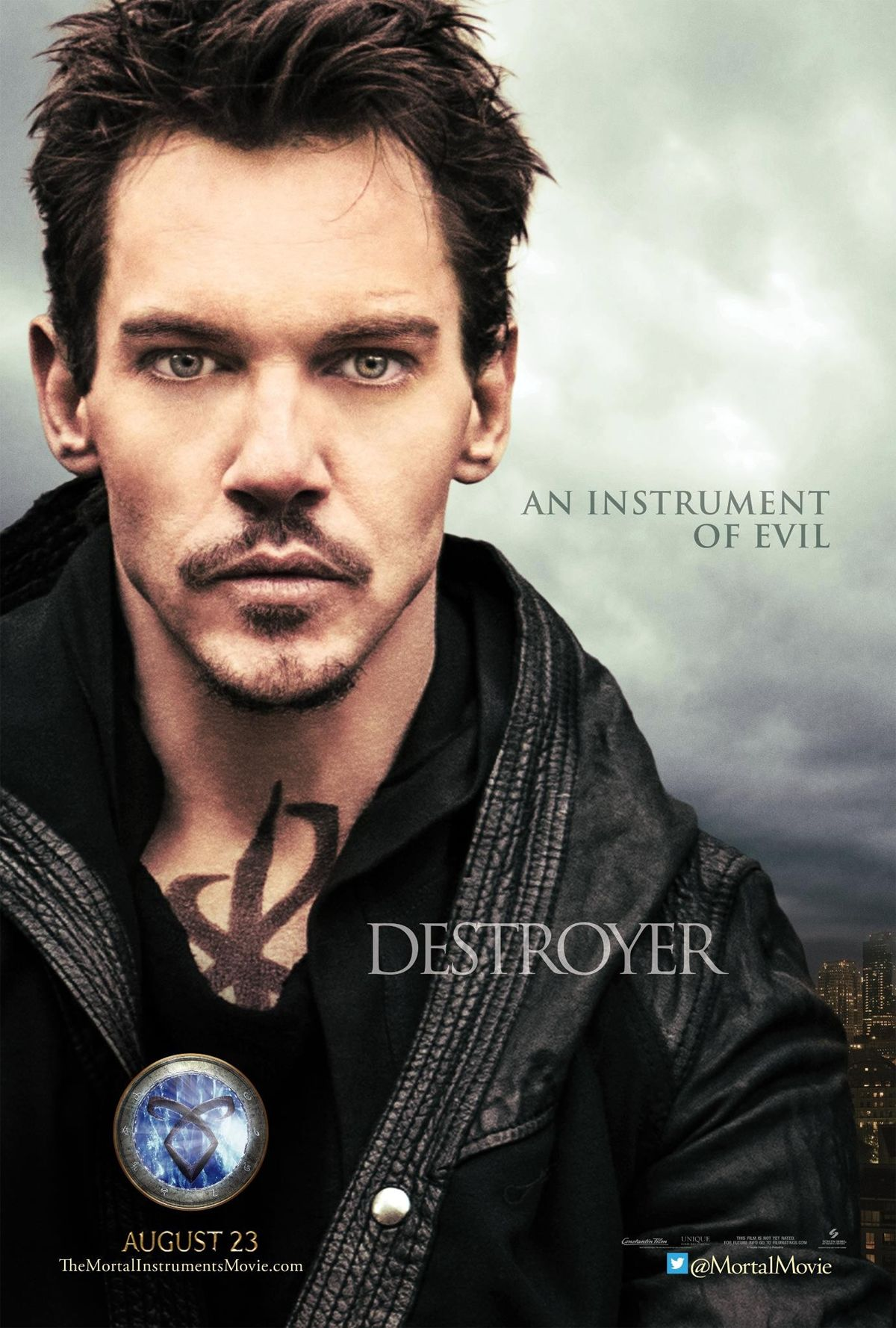 Jonathan Rhys-Meyers V... Jamie Campbell Bower And Kevin Zegers