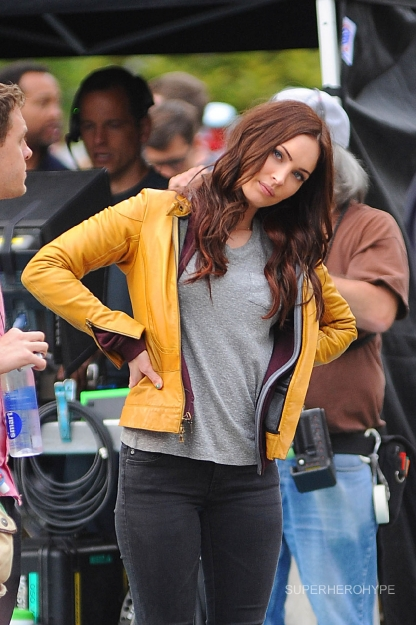 TMNT - Megan Fox as April 9