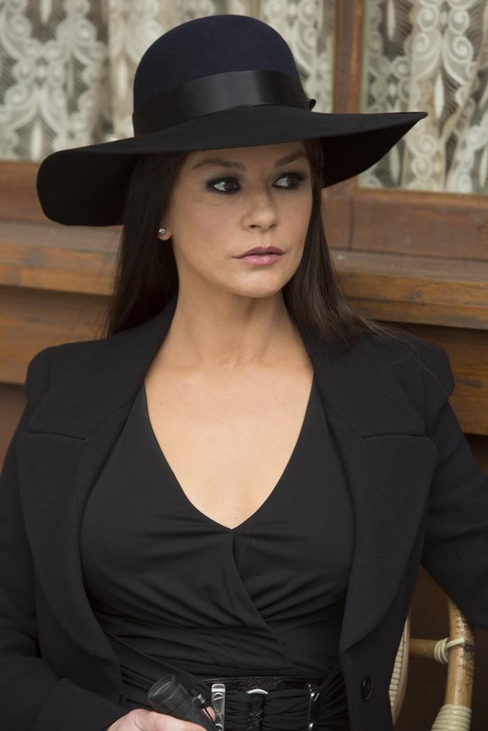 RED 2 Twenty New Images Catherine Zeta Jones Movie