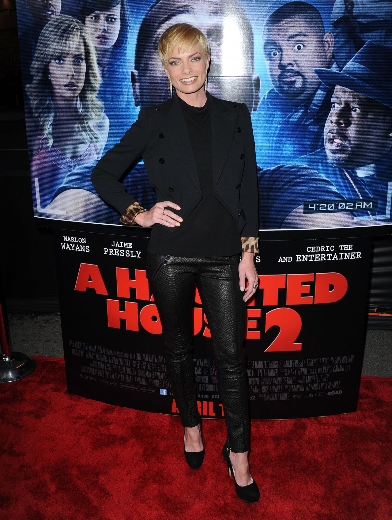 A HAUNTED HOUSE 2 Premiere in Los Angeles - Jaime Pressly