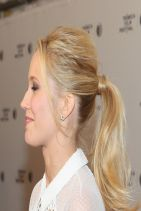 GOODBYE TO ALL THAT Premiere in New York City - Anna Camp