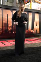 GODZILLA Premiere in Hollywood – Elizabeth Olsen