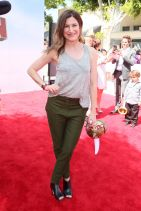 Kathryn Hahn - HOW TO TRAIN YOUR DRAGON 2 Premiere in Los Angeles