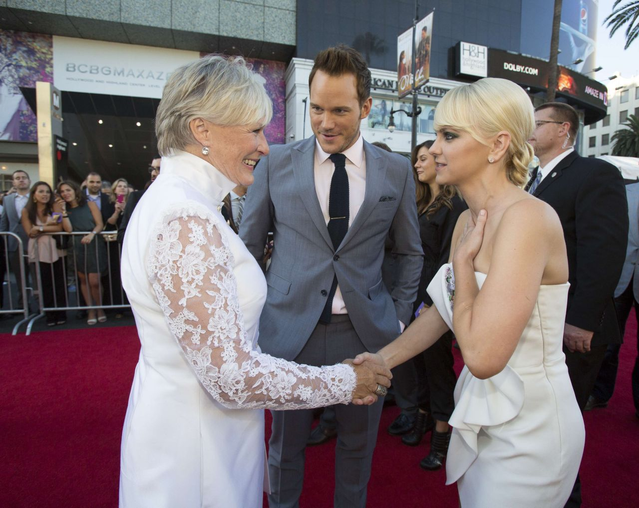 Guardians of the galaxy premiere in hollywood anna faris glenn guardians of the galaxy premiere in hollywood anna faris glenn close and chris pratt junglespirit Image collections