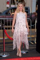 THIS IS WHERE I LEAVE YOU Premiere in Hollywood – Kristen Bell